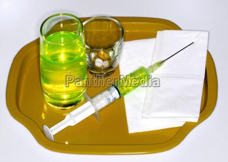 medico liquido convalescenca cuidado hospital cura
