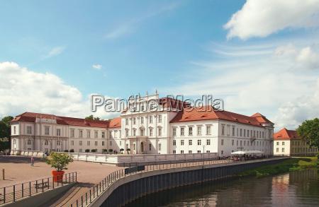 schloss oranienburg brandenburg deutschland